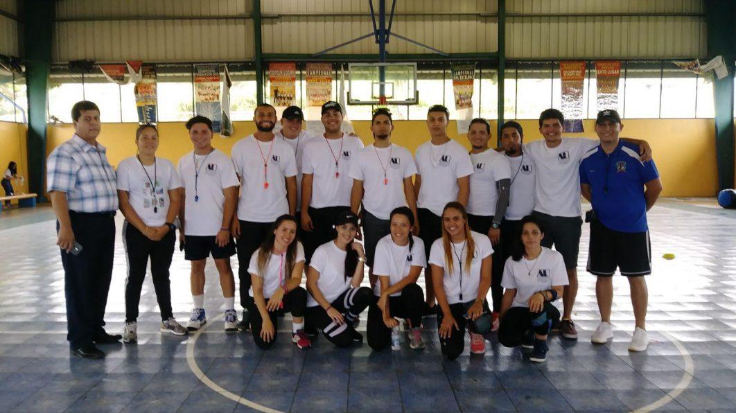 Día de Juegos First School Inc.